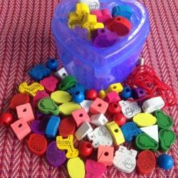 ร้อยเชือกบล๊อกไม้ รูปสัตว์และผลไม้ กล่องรูปหัวใจสีฟ้า